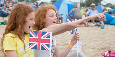 Twin sisters enjoy the Red Arrows